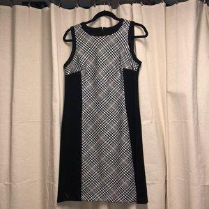 Dresses & Skirts - Black, white, tan houndstooth work dress